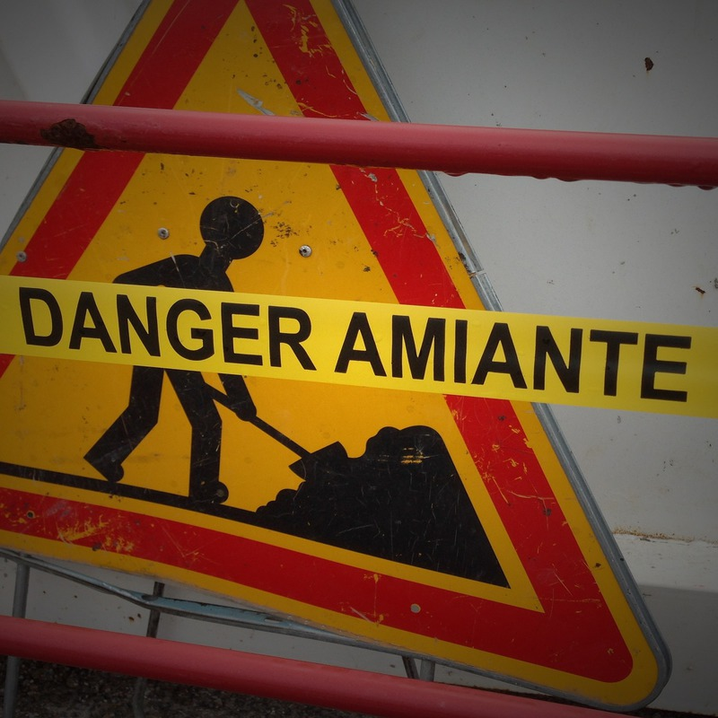 Trabalhos com exposição a partículas de amianto